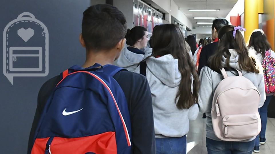 Garantizar el ejercicio pleno del derecho a la educación de niños, niñas y adolescentes —  Qué tiene la tarde — Más Temprano Que Tarde | El Espectador 810