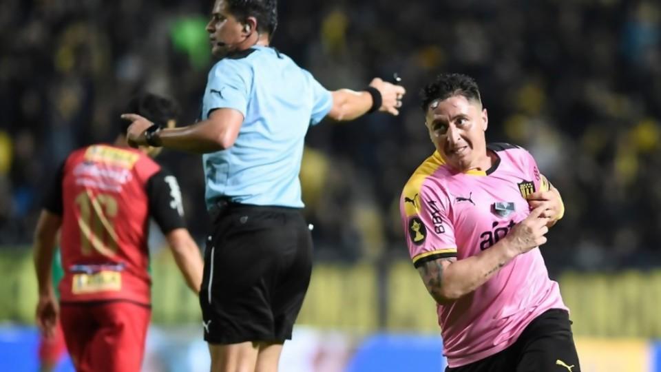 Cómo Peñarol se ocultó de rosado y el arranque de la NBA —  Darwin - Columna Deportiva — No Toquen Nada | El Espectador 810