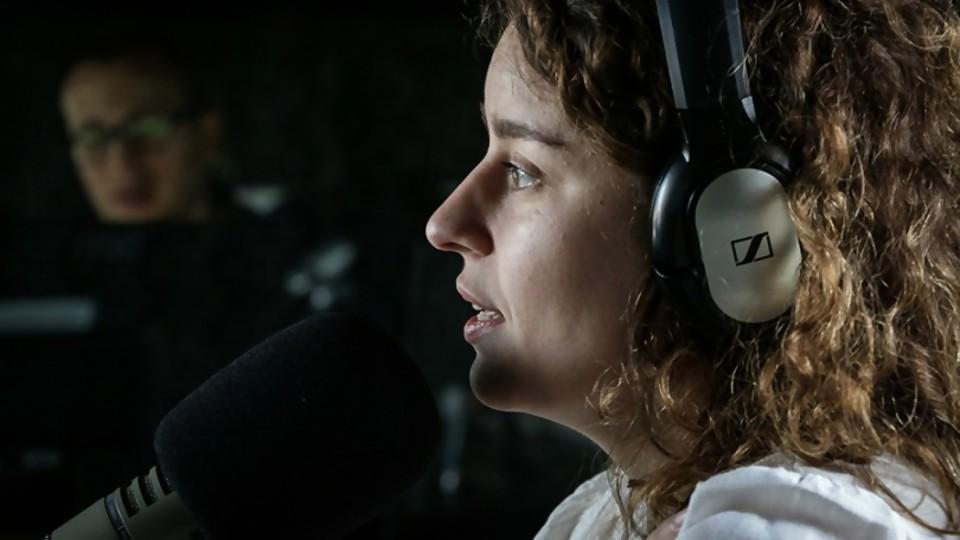Florencia Núñez deja descansar a la compositora y se lanza a la interpretación —  Entrevistas — No Toquen Nada | El Espectador 810