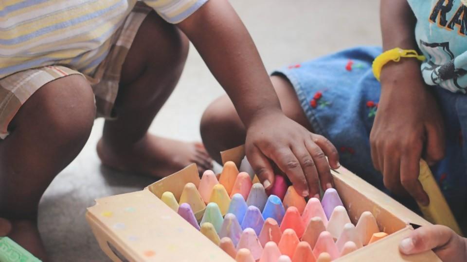 ¿Quién defiende a los niños y niñas en los juicios de familia? 2da parte —  GPS Activado: Cuestión de Derechos — Más Temprano Que Tarde   El Espectador 810