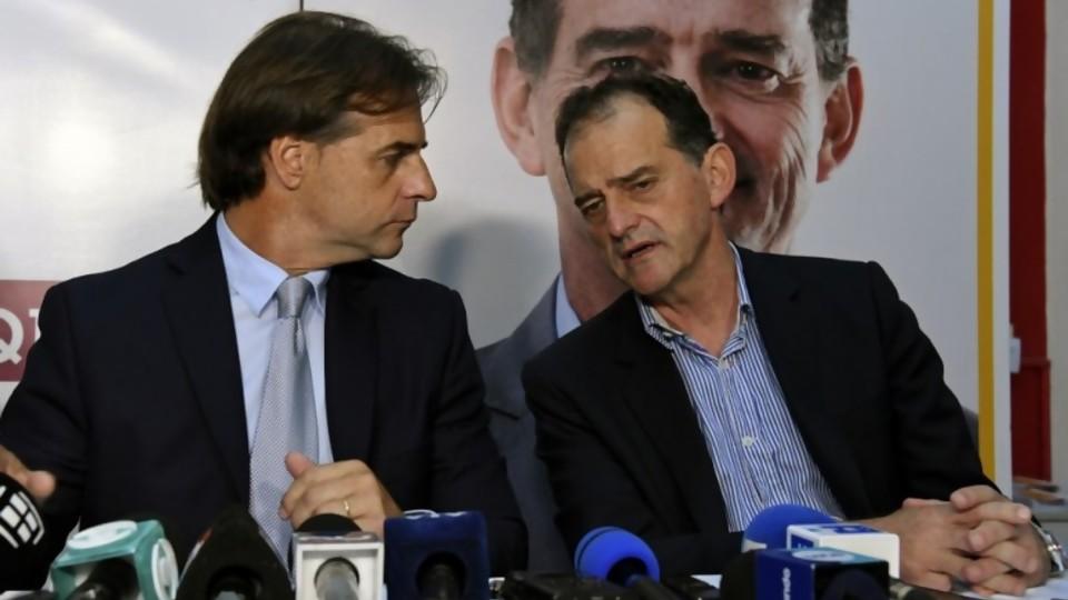 Lacalle Pou acordó apoyo de Manini con diferencias sobre cambios en el CPP —  Departamento de periodismo electoral — No Toquen Nada | El Espectador 810