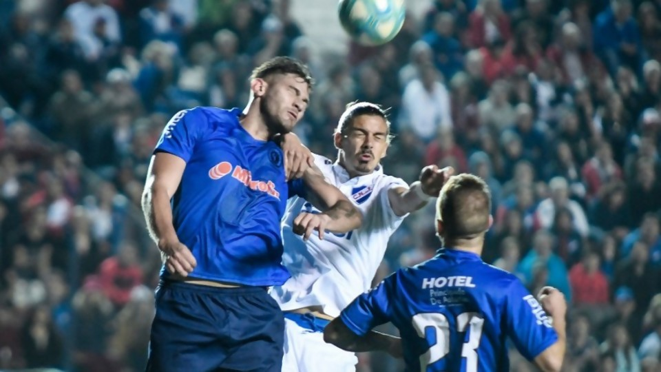 La irregularidad empareja el Campeonato Uruguayo —  Diego Muñoz — No Toquen Nada | El Espectador 810