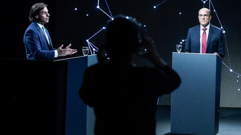 El debate y el rol de las redes sociales —  Audios — Otro Elefante | El Espectador 810