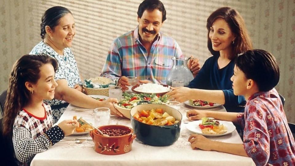 Reglas del hogar —  El mostrador — Bien Igual | El Espectador 810