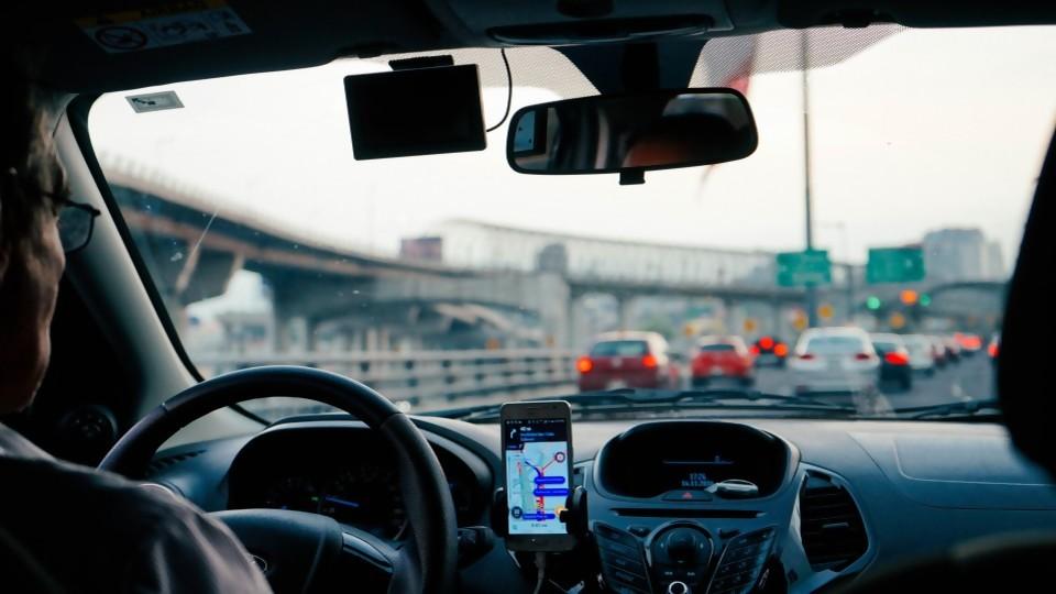 Sin precedentes: primera sentencia que condena a Uber a considerar a un chofer como empleado 2da parte —  GPS Activado: Cuestión de Derechos — Más Temprano Que Tarde | El Espectador 810