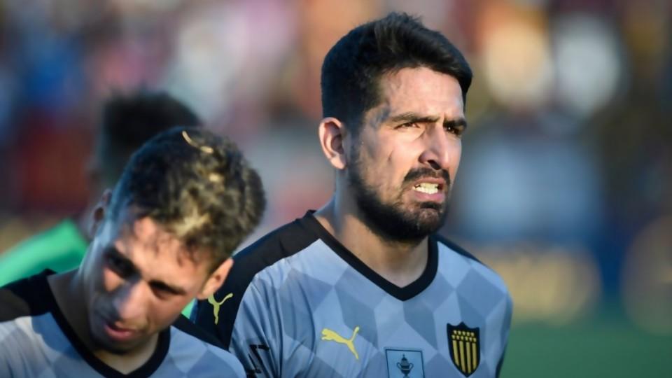 La irregularidad empareja todo —  Diego Muñoz — No Toquen Nada | El Espectador 810