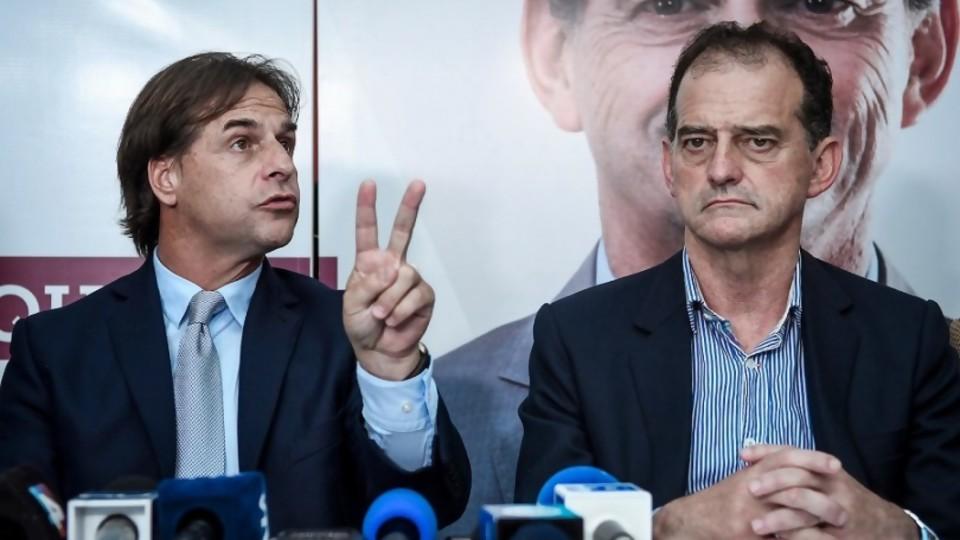 Los ministros de CA: Lacalle encontró una solución llena de problemas —  Departamento de periodismo electoral — No Toquen Nada | El Espectador 810
