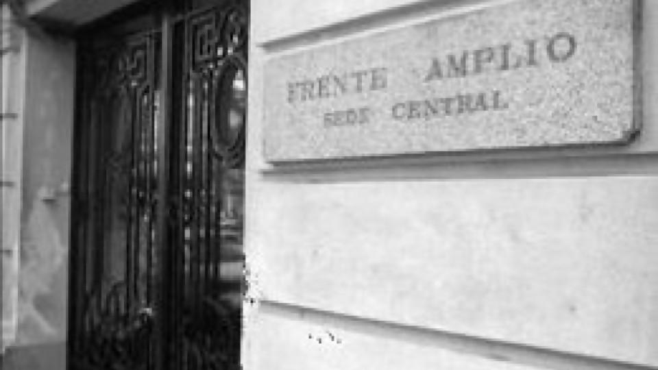 """""""La fracasada ofensiva del FA"""" —  Cuestión política: Dr. Daniel Chasquetti — Más Temprano Que Tarde   El Espectador 810"""