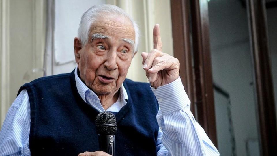 Carlos Julio Pereyra, el maestro rural que se convirtió en la reserva moral del Partido Nacional —  Audios — Primera Mañana | El Espectador 810