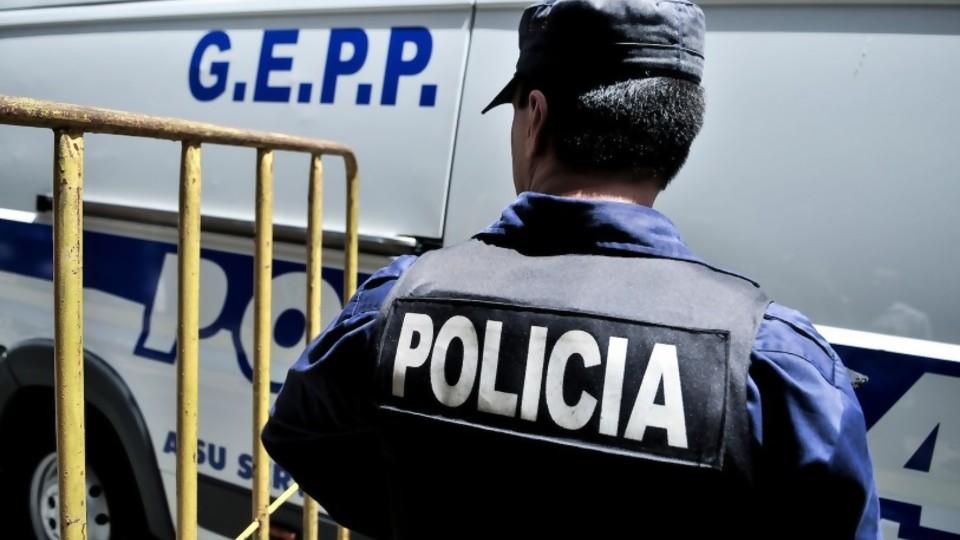 Ataques a policías: los planteos de su sindicato —  Puesta a punto — Más Temprano Que Tarde   El Espectador 810