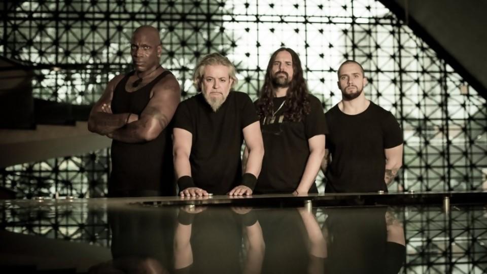 Sepultura con nuevo disco: heavy metal con sutilezas y numerología —  Denise Mota — No Toquen Nada | El Espectador 810