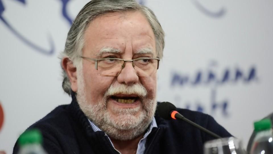 """José Bayardi: """"me alegra que el presidente electo rechace las declaraciones de Rivera Elgue"""" —  Entrevistas — Al Día 810   El Espectador 810"""