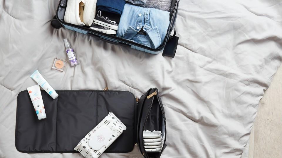 Haciendo las valijas —  El mostrador — Bien Igual   El Espectador 810
