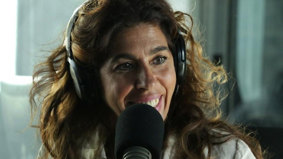 """Rossana Taddei: """"por más que me gusta grabar en el estudio, no tengo dudas que el vivo es mi territorio"""" —  Tickets — Bien Igual   El Espectador 810"""