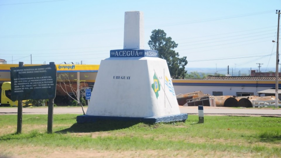 El COVID-19 desafía la frontera de Cerro Largo —  La Entrevista — Más Temprano Que Tarde | El Espectador 810