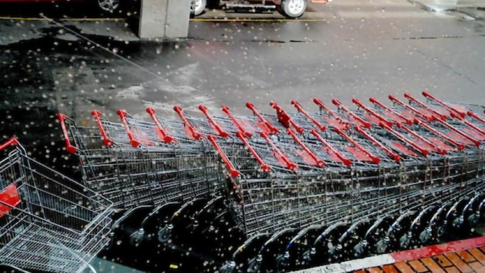 Por ahora no: Tienda Inglesa no compra grupo Disco —  Informes — No Toquen Nada | El Espectador 810