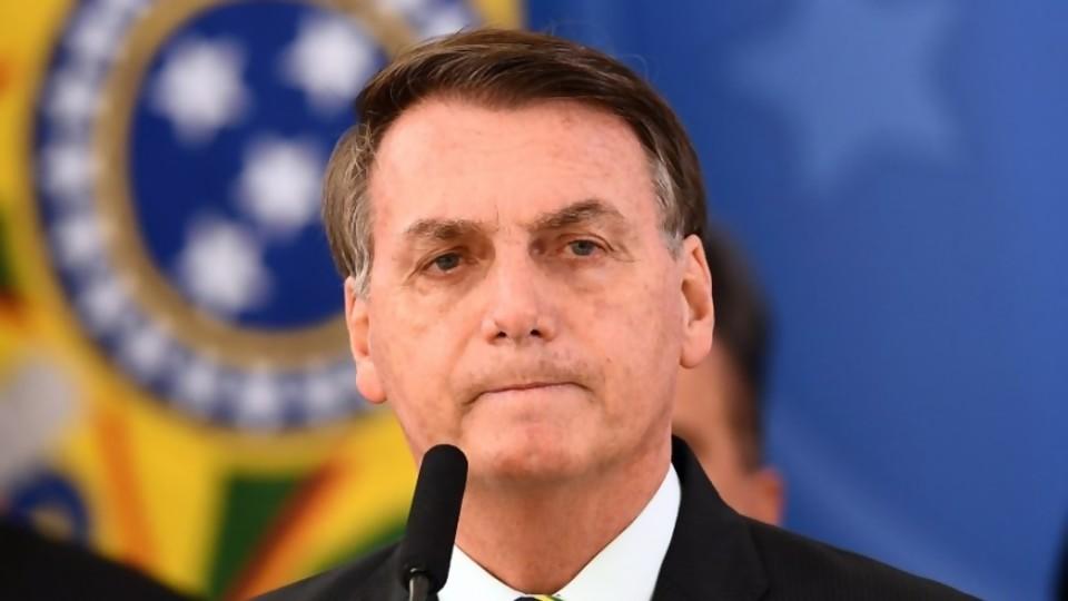 Bolsonaro se desMoronó, la democracia brasileña se está por tragar otra presa —  Columna de Darwin — No Toquen Nada | El Espectador 810