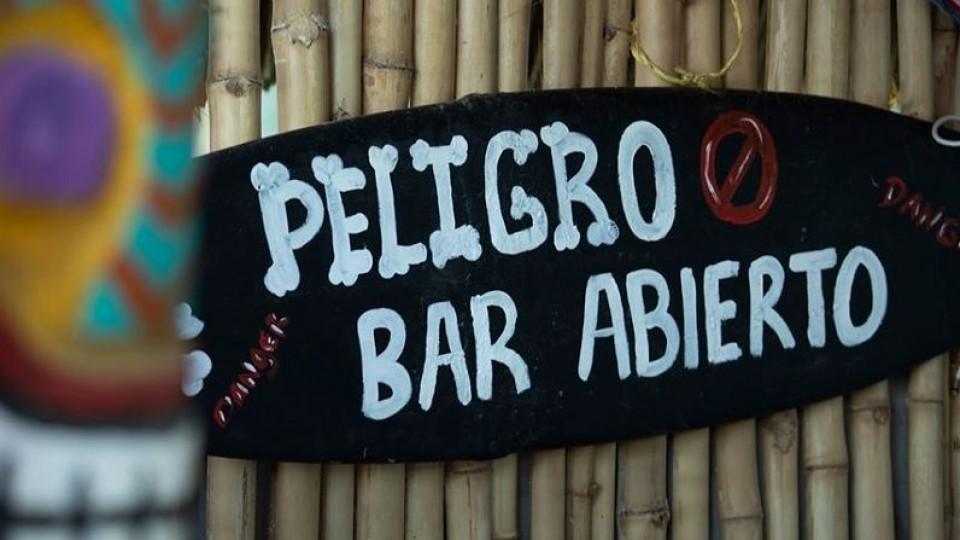 Sin música en el bar —  De qué te reís: Diego Bello — Más Temprano Que Tarde | El Espectador 810