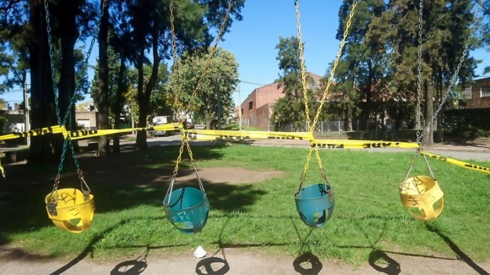 Niños al aire libre: la ciencia y la intendencia —  Informes — No Toquen Nada | El Espectador 810