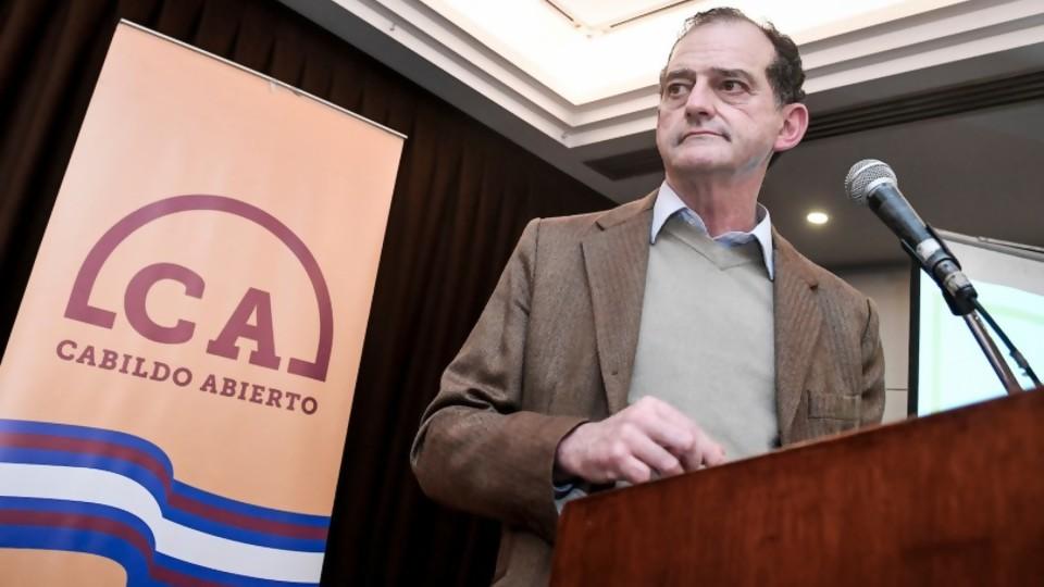 Cabildo Abierto habría violado la ley de financiamiento de los partidos políticos —  Informes — No Toquen Nada   El Espectador 810
