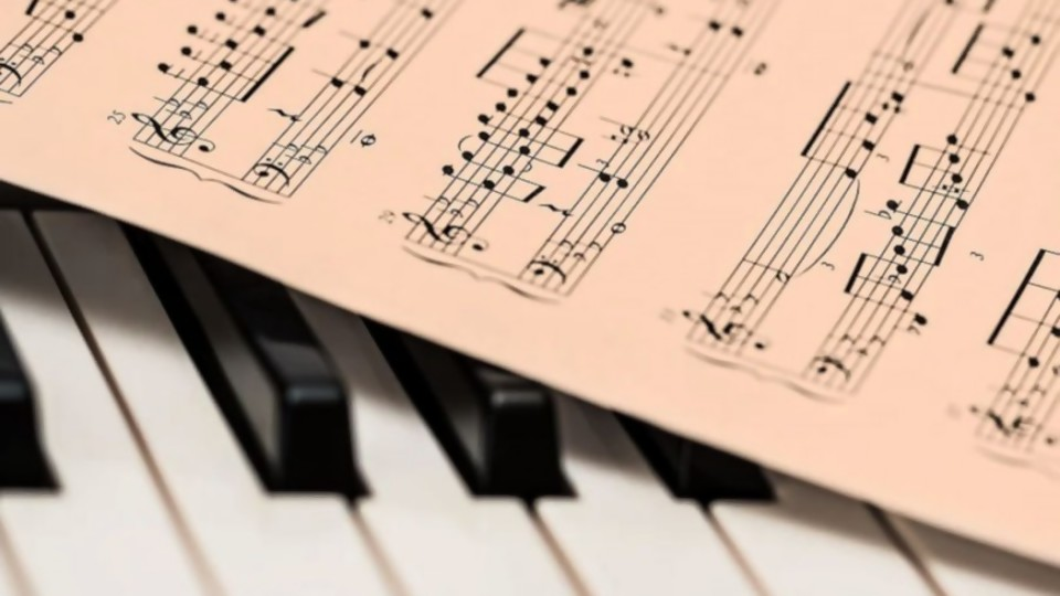 ¿Cómo reconocemos una canción y qué procesos entran en juego? —  El lado R — Abran Cancha | El Espectador 810