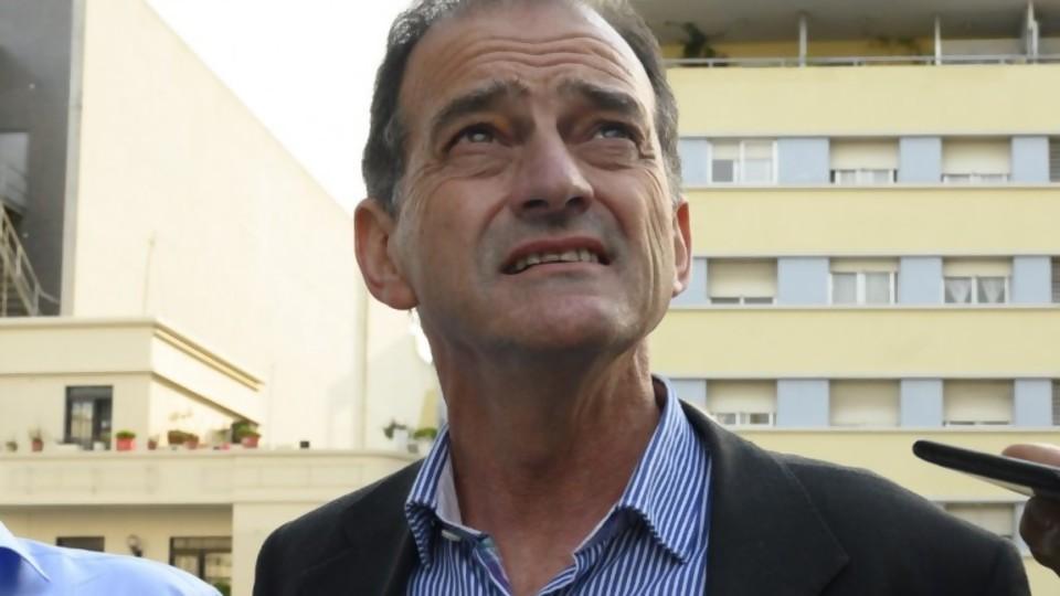 Manini contradice lo que presentó Cabildo Abierto a la Corte Electoral —  Informes — No Toquen Nada | El Espectador 810