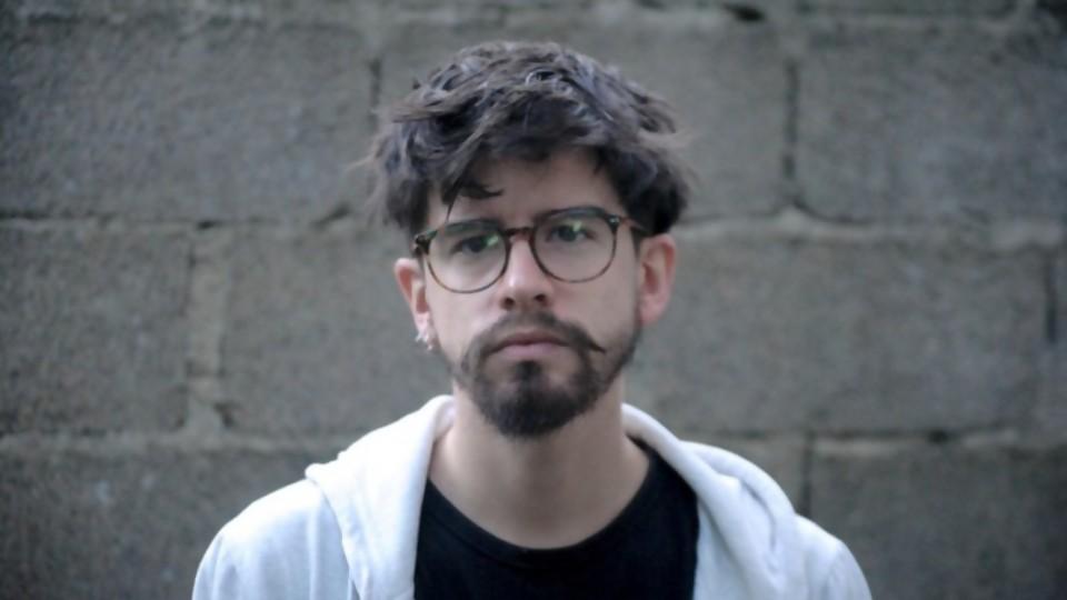 """Rodrigo Galván: """"no sé qué tan viable es un disco hoy en día"""" —  Emprendedores — Bien Igual   El Espectador 810"""