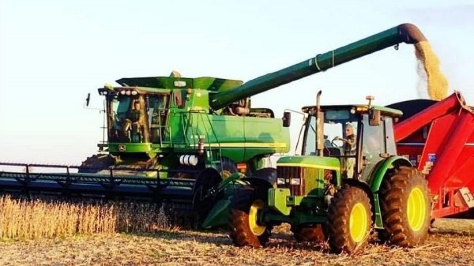 Avanza la trilla con un área cosechada del 80%, y con rindes promedio de 2.000 kgs/há —  Agricultura — Dinámica Rural | El Espectador 810