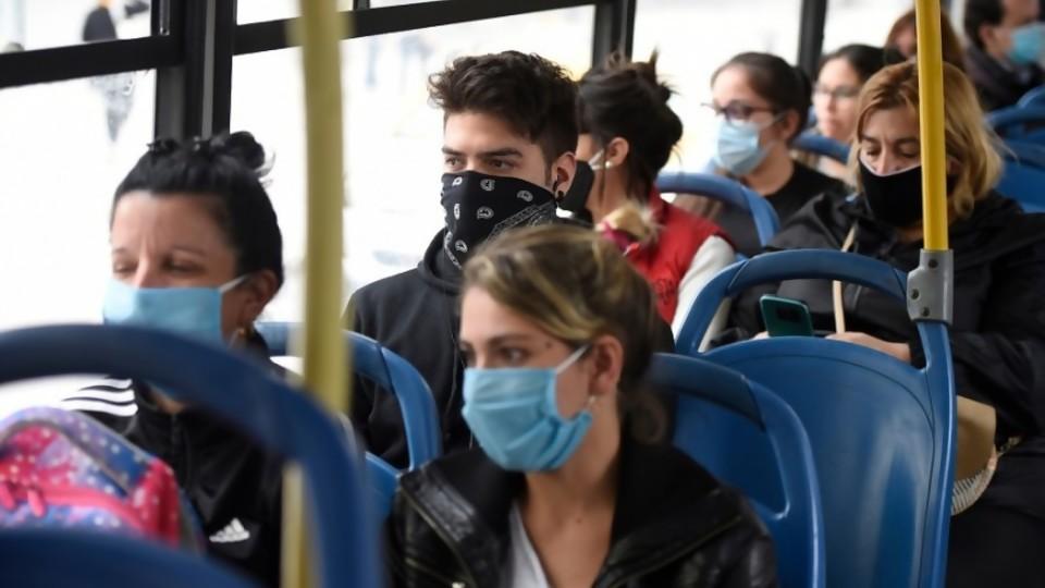 """Transporte: """"en este contexto"""" de pandemia """"la ganancia de las empresas debe ser cero"""" —  Entrevistas — No Toquen Nada   El Espectador 810"""