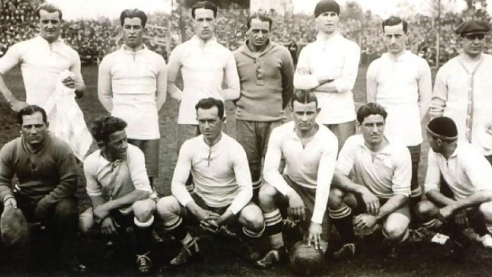 El fútbol del 900: los triunfos y el Estado de bienestar —  Gabriel Quirici — No Toquen Nada | El Espectador 810