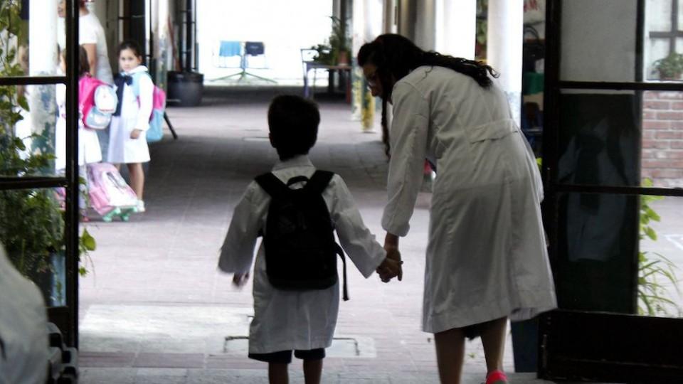 ¿Cómo preparar a los niños para el regreso a clase? —  Entrevistas — Primera Mañana   El Espectador 810
