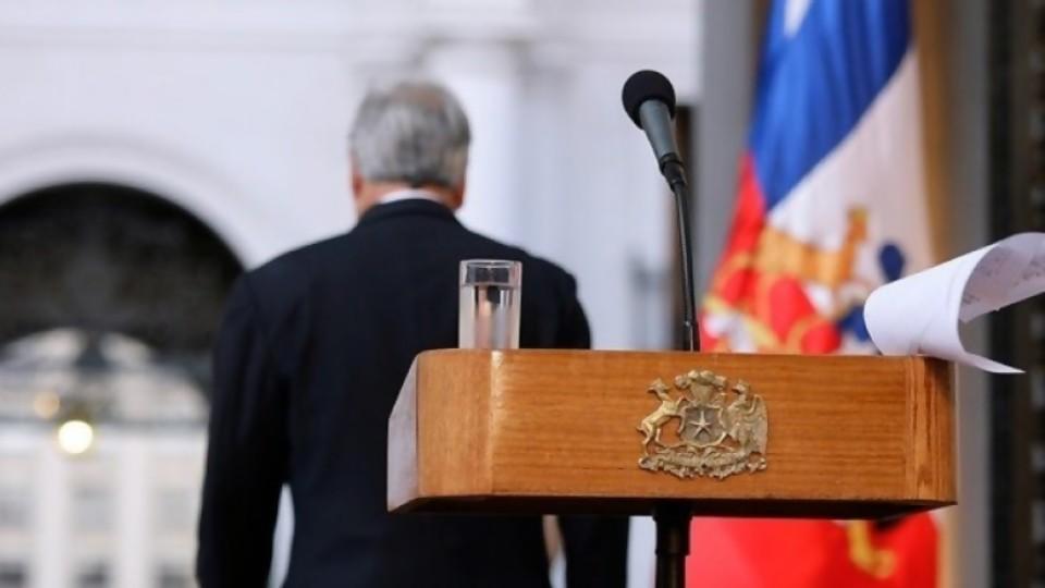 Chile hoy: un país sin líderes y líderes sin pueblo —  La Entrevista — Más Temprano Que Tarde | El Espectador 810