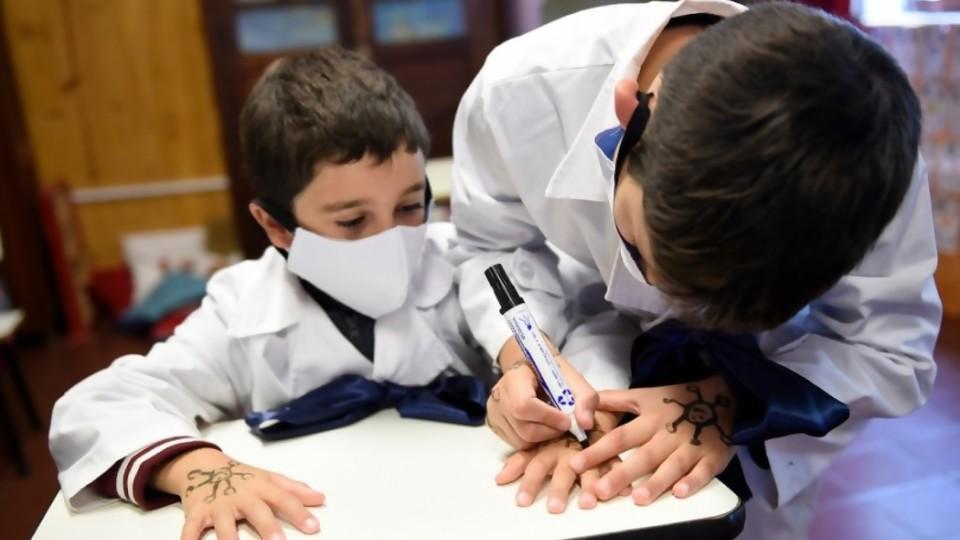La vuelta a clases y qué hacer con la evaluación —  Pedro Ravela — No Toquen Nada | El Espectador 810