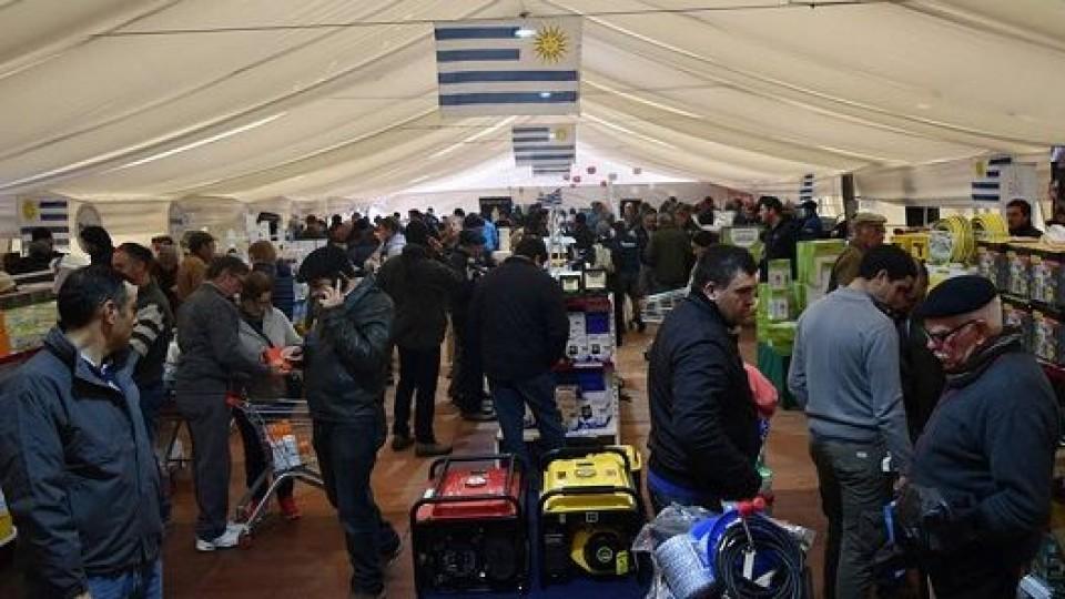 Prolesa promueve más de 800 productos en la 10ma Feria —  Lechería — Dinámica Rural | El Espectador 810