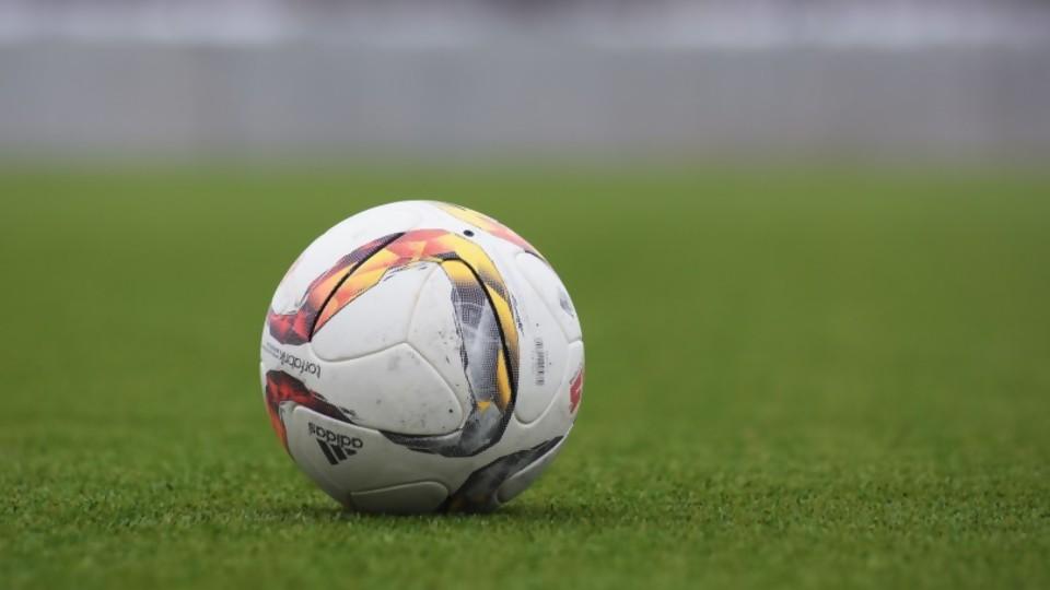 Darwin con noticias casi ciertas: por qué se atrasó el fútbol —  Darwin - Columna Deportiva — No Toquen Nada | El Espectador 810