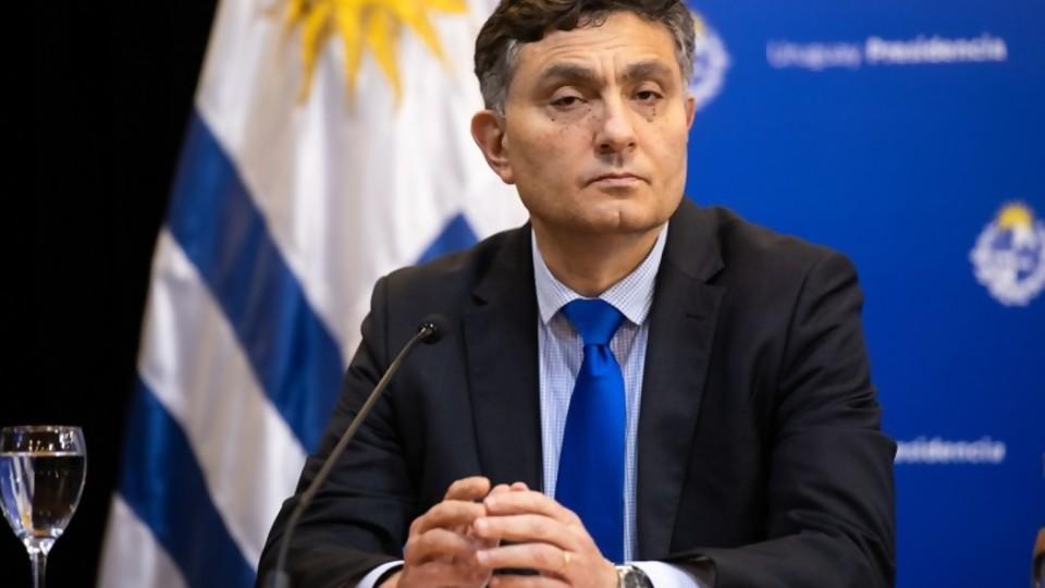 El as bajo la manga de Uruguay para pedir que Alfie declare en el juicio contra Aratirí —  Informes — No Toquen Nada | El Espectador 810