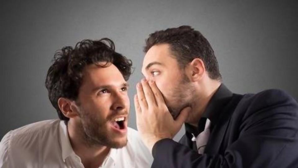 El gordo Fuentes me pasa borradores —  De qué te reís: Diego Bello — Más Temprano Que Tarde | El Espectador 810
