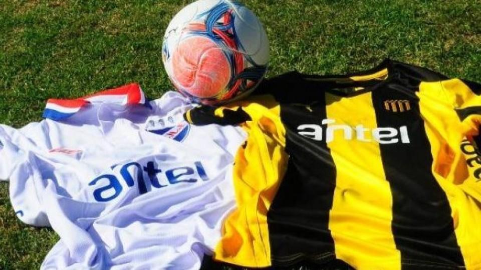 Vuelve el fútbol, se juega el clásico —  Deportes — Primera Mañana   El Espectador 810