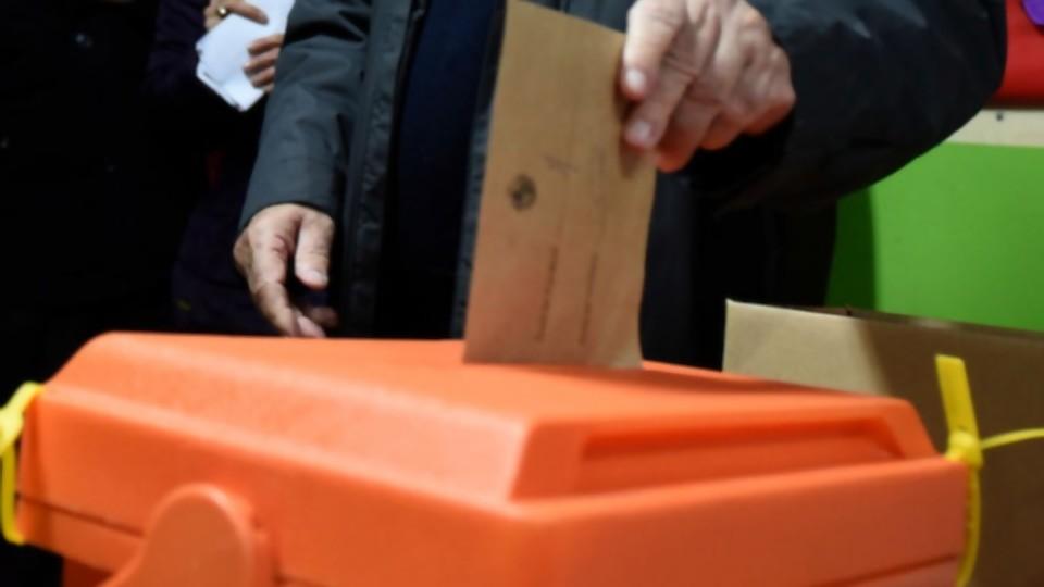 Darwin comenta el protocolo para votar y Leticia explica preparaciones con huevo —  NTN Concentrado — No Toquen Nada   El Espectador 810