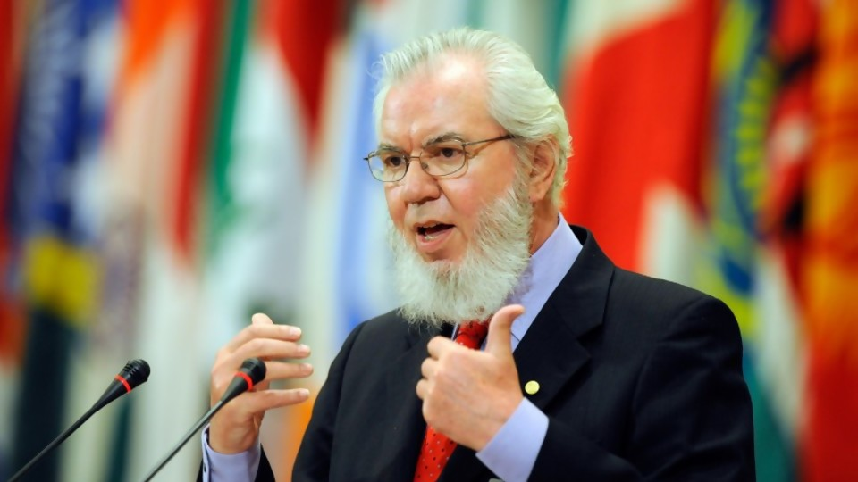 ¿Sin quórum para elegir presidente del BID? Entrevista a Juan Somavía, Presidente del Foro Permanente de Política Exterior de Chile —  La Entrevista — Más Temprano Que Tarde | El Espectador 810