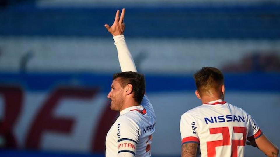 Nacional volvió a ganar con otro gol de Bergessio —  Deportes — Primera Mañana   El Espectador 810