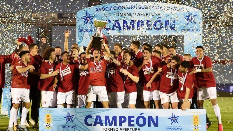 Rentistas campeón y Munúa se va de Nacional —  Entrevistas — Primera Mañana | El Espectador 810