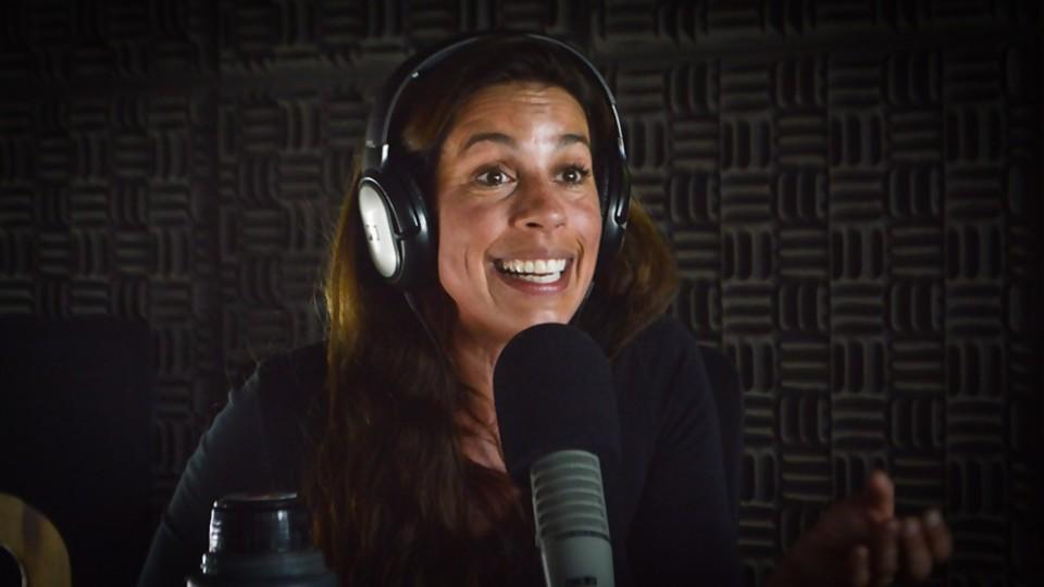Carla Lorenzo presenta 3en1: música, terapia y teatro —  Tickets — Bien Igual | El Espectador 810