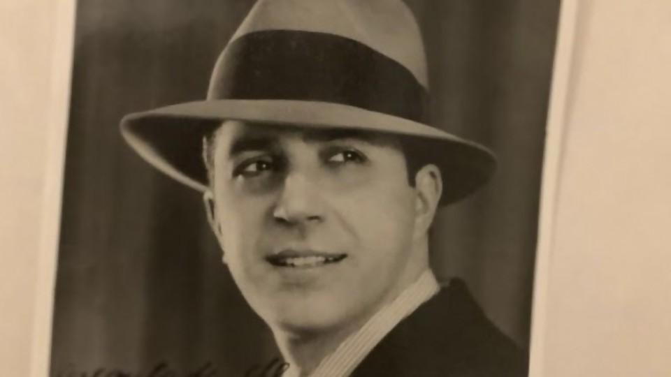 La foto más famosa de Gardel  —  Leo Barizzoni — No Toquen Nada | El Espectador 810