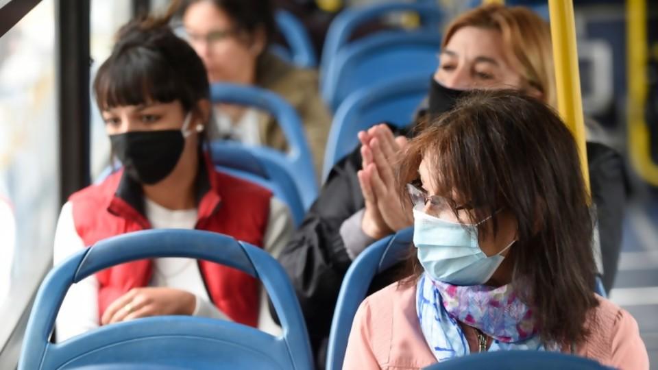 Gobierno y Oposición frente a la Pandemia: cómo se comportan asignándose responsabilidades —  Cuestión política: Dr. Daniel Chasquetti — Más Temprano Que Tarde | El Espectador 810