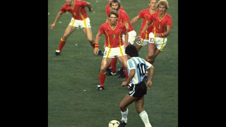 Las imágenes conscientes que dejó Diego Maradona  —  Leo Barizzoni — No Toquen Nada | El Espectador 810
