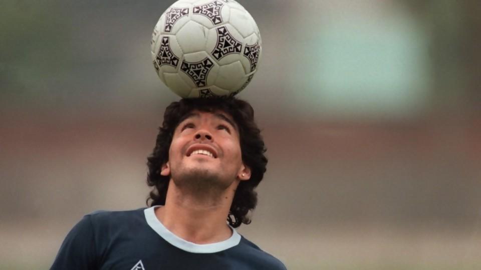 Los homenajes en vida a Maradona y la noche en la que se comió un pollo entero —  Facundo Pastor — No Toquen Nada | El Espectador 810