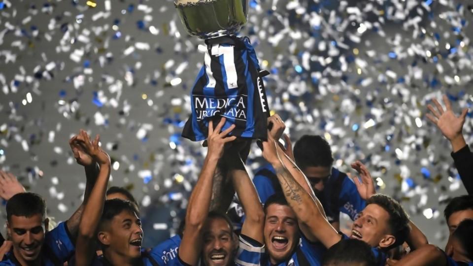 El elogio a la autocracia de Liverpool —  Darwin - Columna Deportiva — No Toquen Nada | El Espectador 810